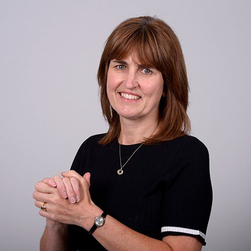 Julia Johnson - Payroll Manager