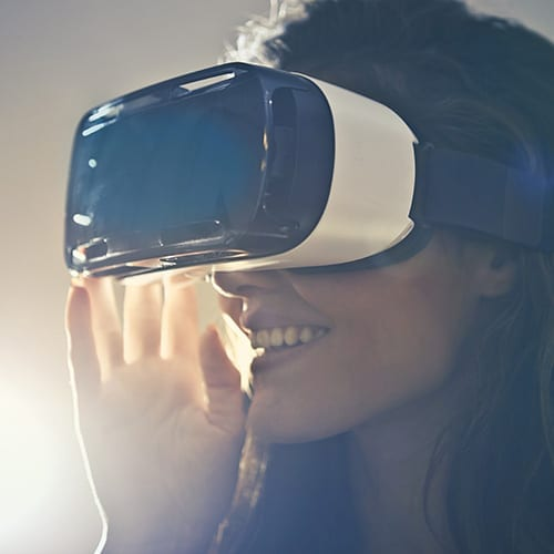 Research and development Tax - image VR Goggles