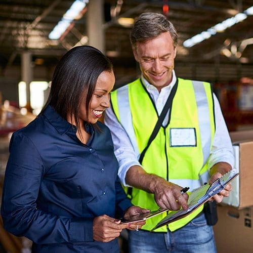 VAT_Image_Lady_and_Man_in_warehouse